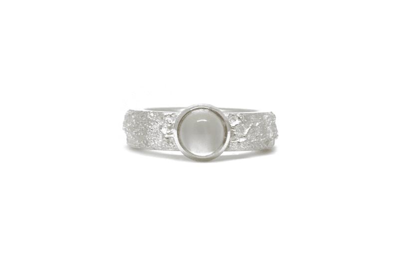 Wabi Sabi Frast silver ring with white moonstone