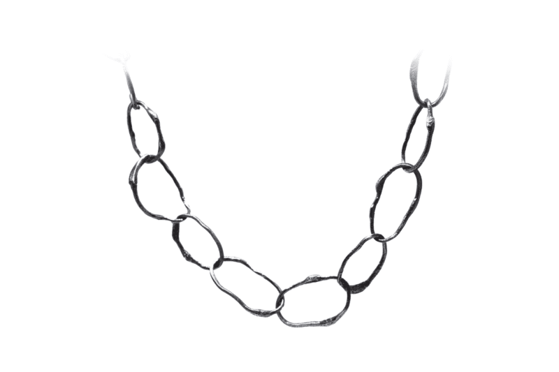 Wabi Sabi collier in rhodium plated silver