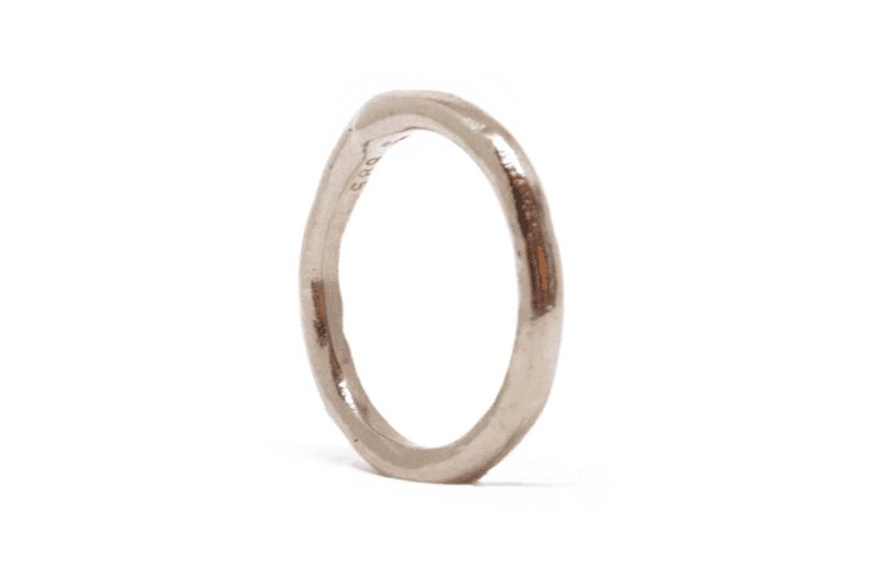 Wabi Sabi Mingle ring in gold