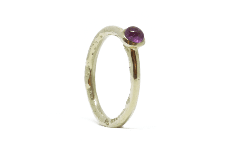 Wabi Sabi ring in gold with a tourmaline