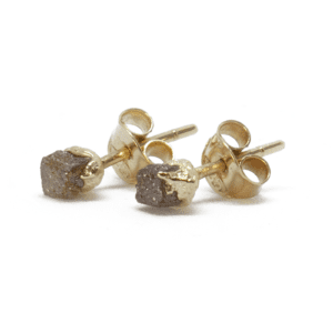 Wabi Sabi Rå earrings in gold with raw diamonds