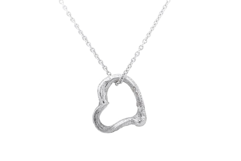 Låv, open heart pendant in silver