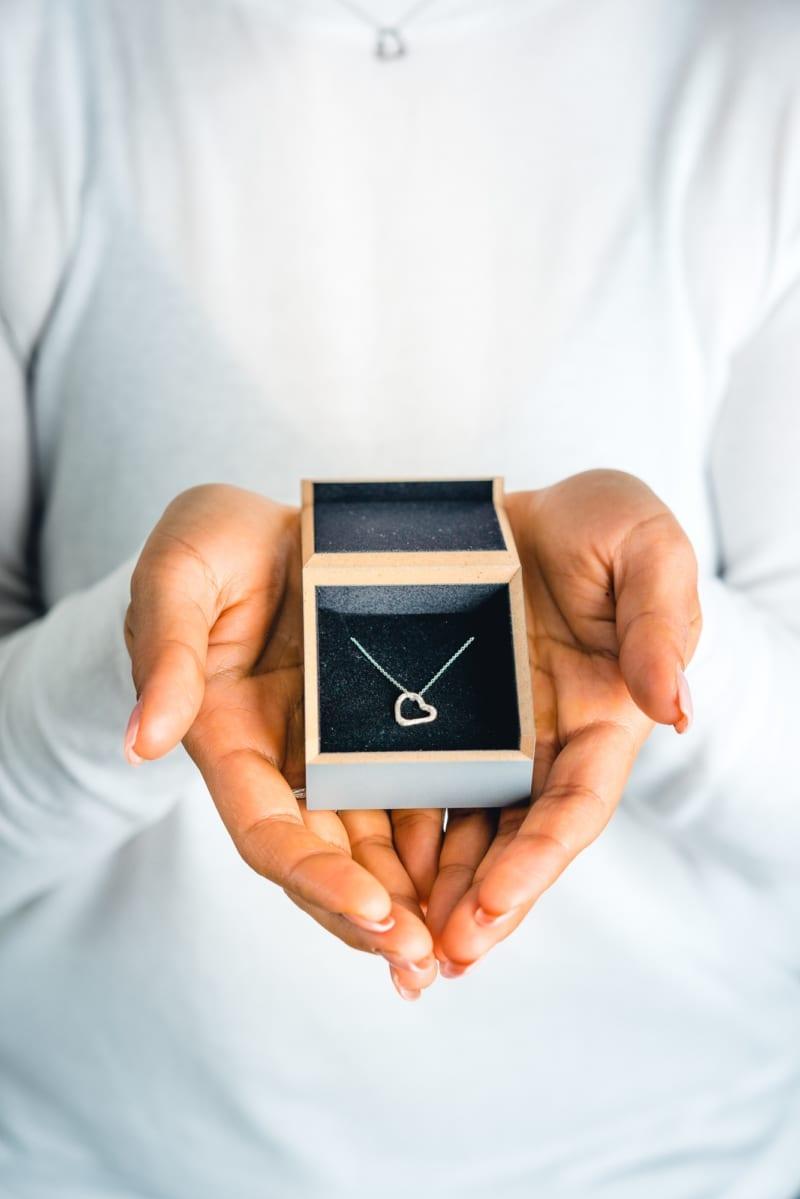 Wabi Sabi Mingle heart pendant in silver